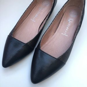 Jeffrey Campbell Leather Flats 6.5 Size